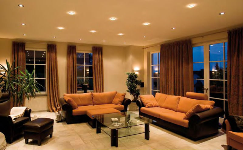 точечное освещение в гостиной